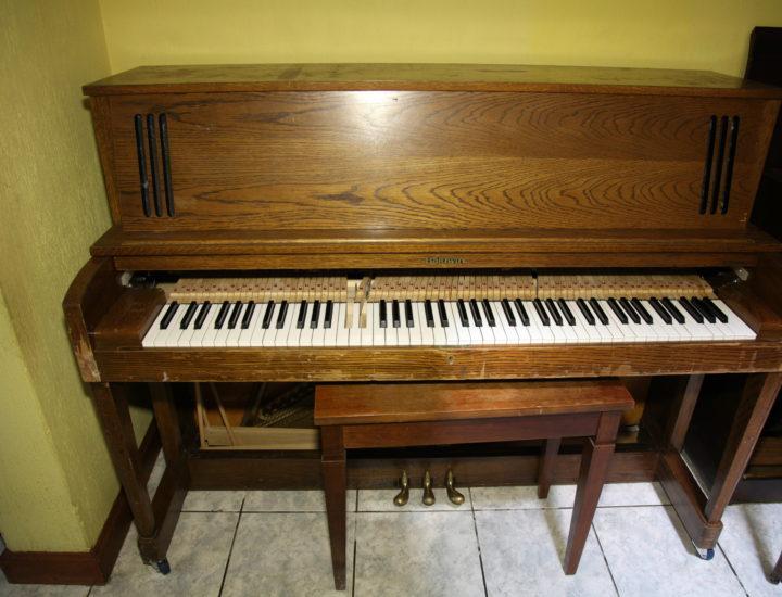 Restauración y Reparación de piano Baldwin Studio