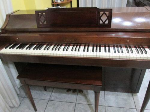 Piano de segunda mano Baldwin Spinet a la venta
