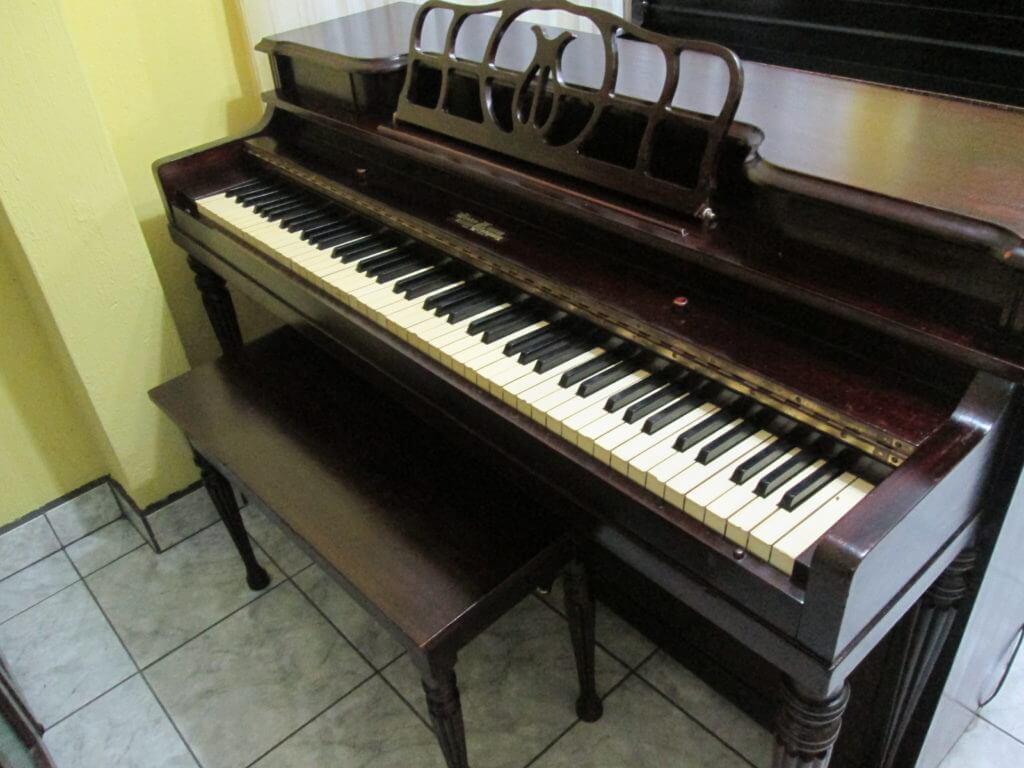 Pianos antiguos a la venta en guatemala casa de pianos for Casa piano cotizacion